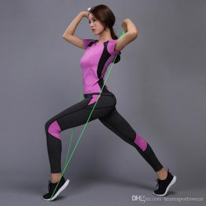 Benefits of Wearing Right Workout Clothes